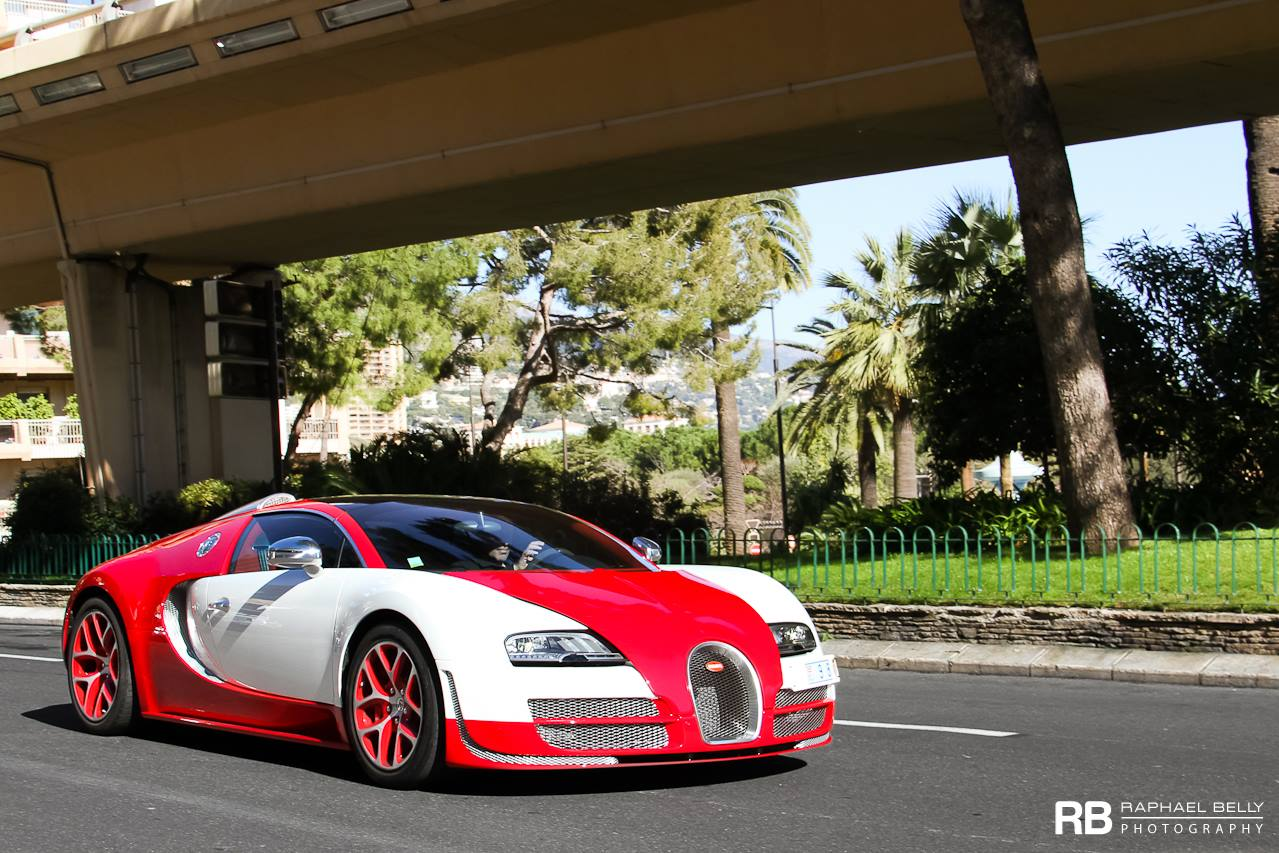 Bugatti Red White Exterior on Race Car Front View