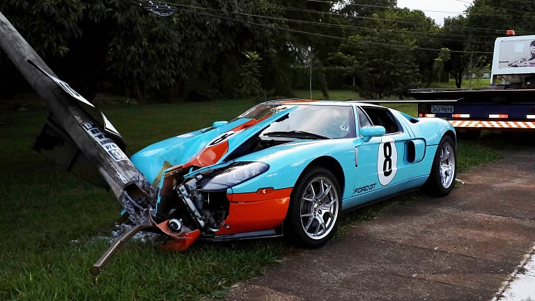 Ford Gt Heritage Edition Crashes In Brazil
