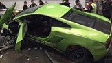 Lamborghini Gallardo and Ferrari 458 Collide in China