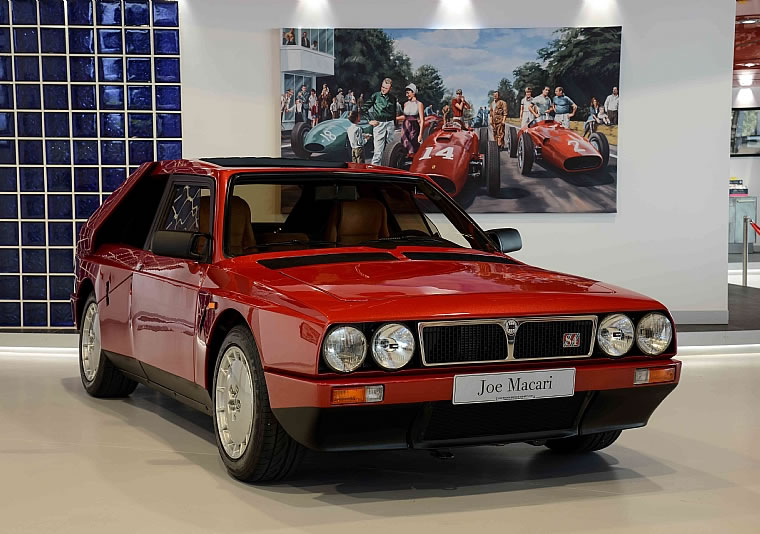 lancia delta s4 stradale for sale - front photo, red color, size 760