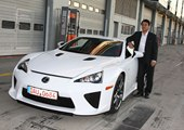 New Lexus LFA Supercars Still Waiting for Buyers in U.S. Showrooms