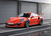 George Clooney Gets a Porsche 911 GT3 RS for Birthday