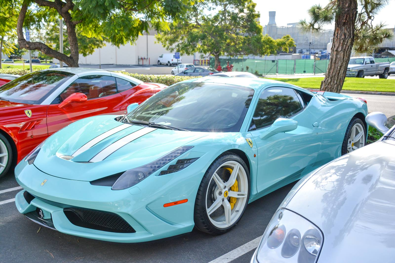 2015 ferrari 458 speciale front photo tiffany blue paint size 1600 - Ferrari 458 Blue And White