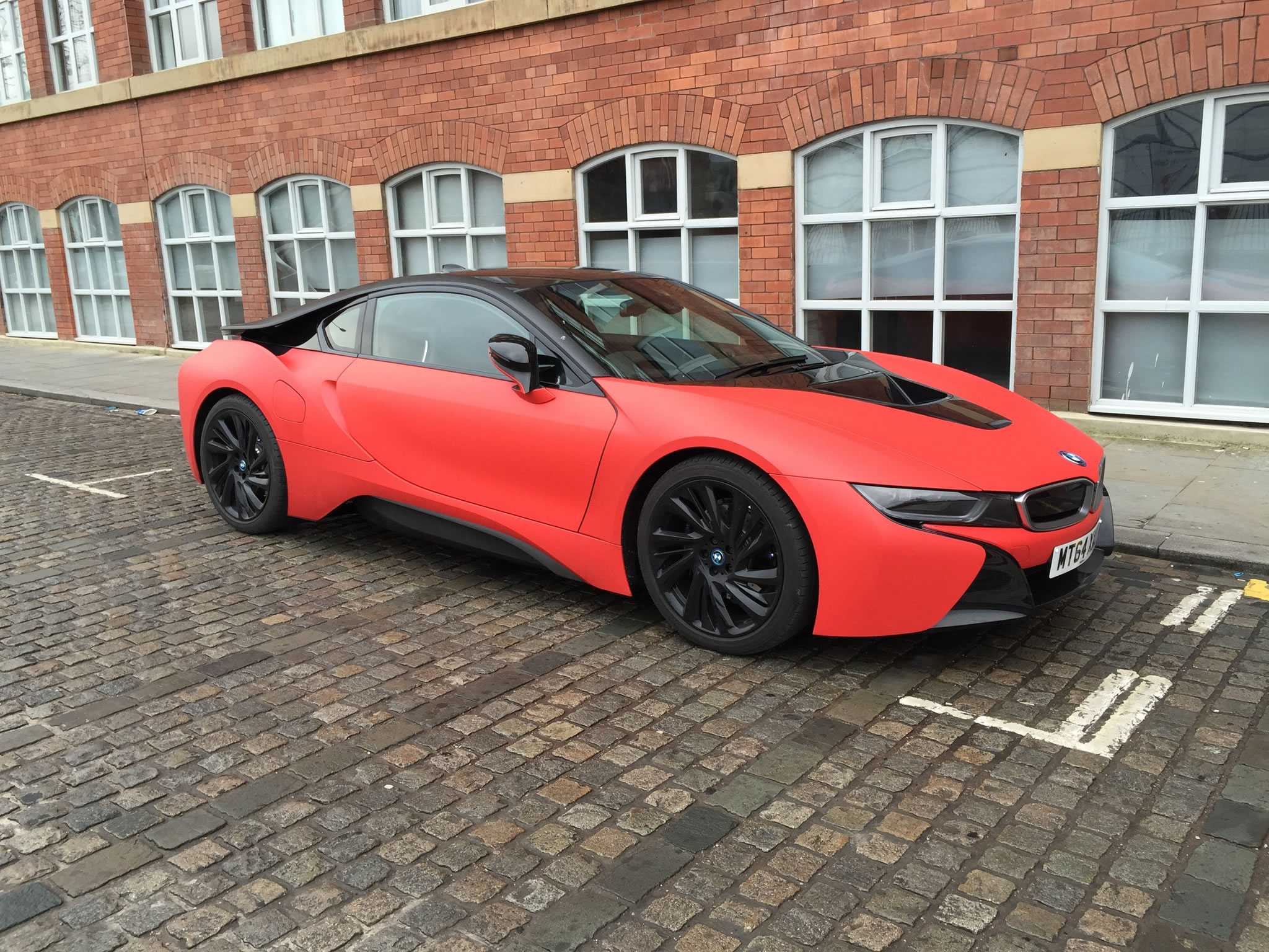 2015 Bmw I8 Wrapped In Matte Red Matte Red Color Front Three
