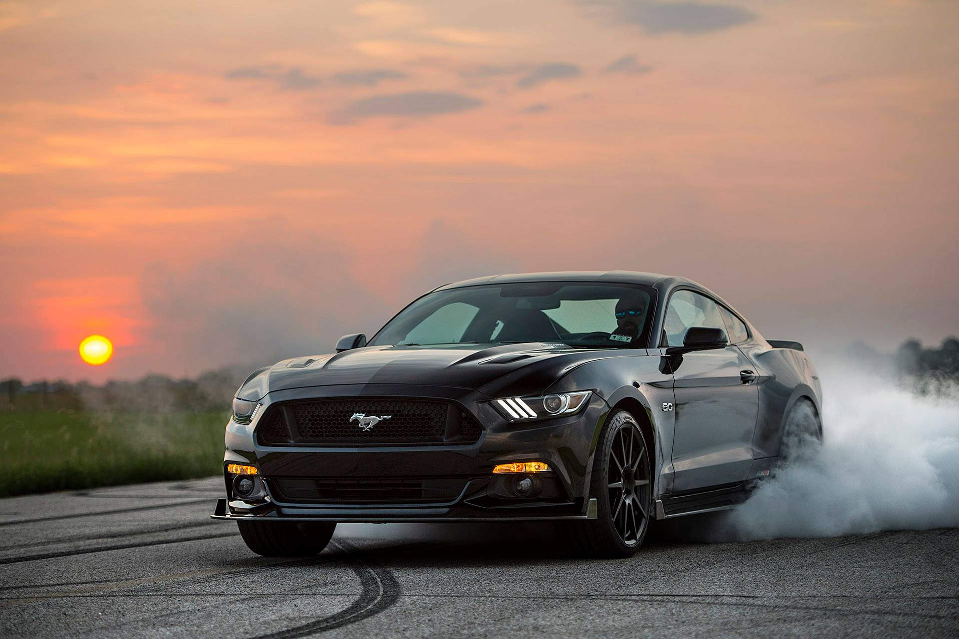 2015 Ford Mustang HPE750 by Hennessey - burning rubber ...