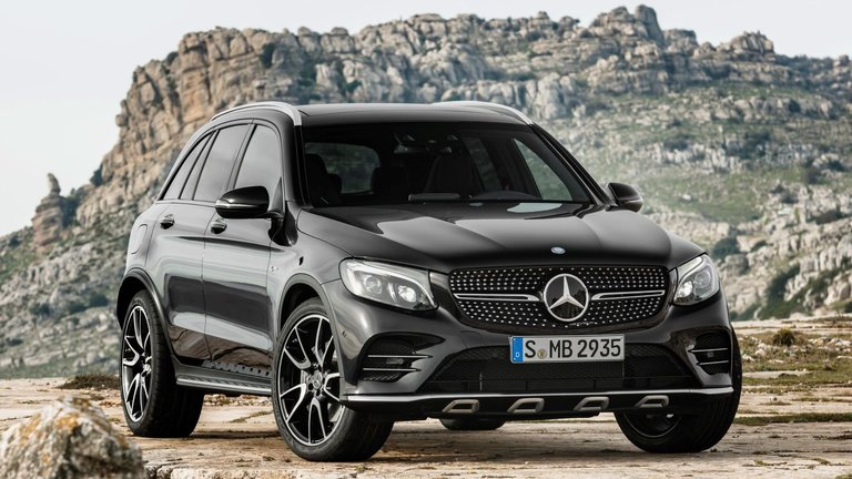 2017 Mercedes-AMG GLC43 Super-SUV