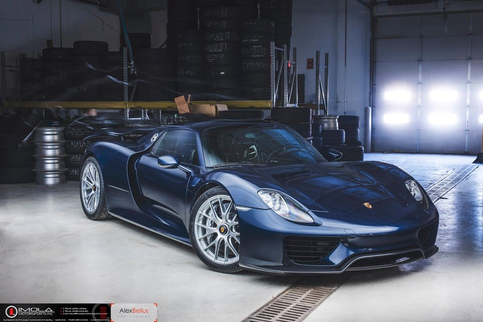 resize blue porsche 918 spyder 444 wallpaper to custom. Black Bedroom Furniture Sets. Home Design Ideas