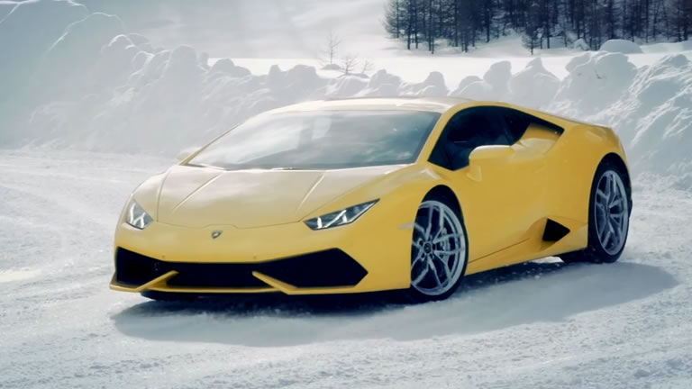 Video Lamborghini Offers Winter Driving Courses With