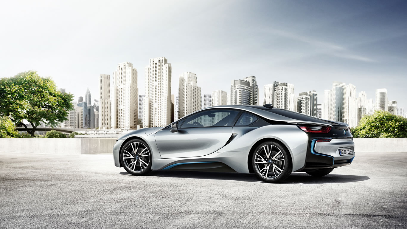 2015 BMW i8 Wallpaper - 1366 x 768