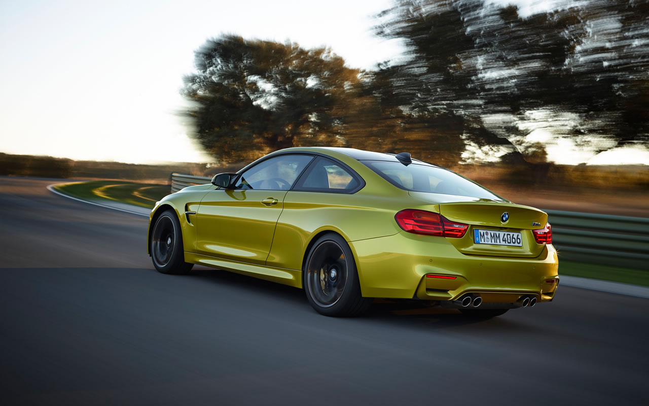 2015 BMW M4 Coupe Wallpaper - 1280 x 800