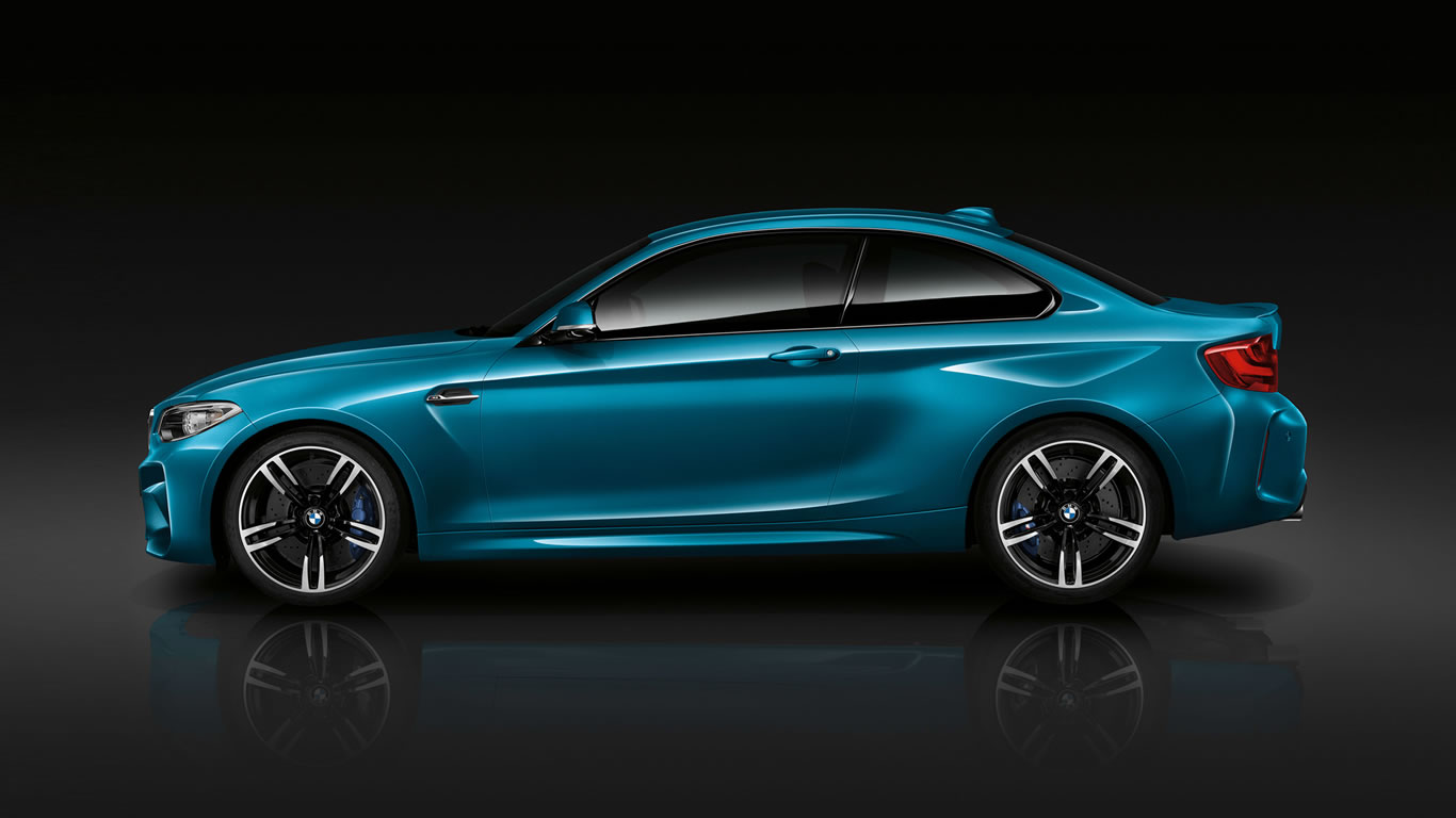 2016 BMW M2 Coupe Wallpaper - 1366 x 768
